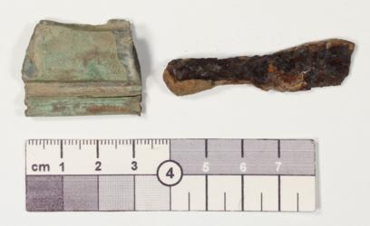 Eisenfragment, Bronzeblechfragment, Dersekow, Dersekow- Neu Pansow, Altkreis Greifswald