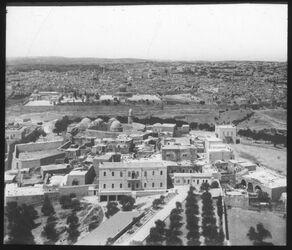 Glasplattendia Jerusalem v. Russenturm
