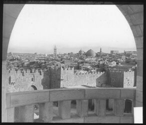 Glasplattendia Jerusalem vom Paulushospiz