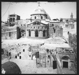 Glasplattendia Grabeskirche Jerusal. Heil. Grabesdom, Ostansicht [Jerusalem]