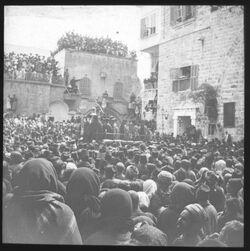 Glasplattendia Fußwaschung vor der Grabeskirche [Jerusalem]