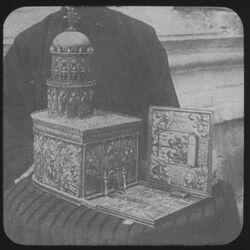 Glasplattendia Heil. Grab nach Reliquiarium im Schatz der Grabeskirche [Jerusalem]