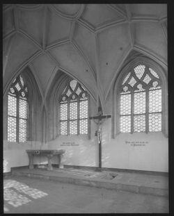Glasplattendia Kreuzkapelle in Görlitz, Stätte der 3 Kreuze