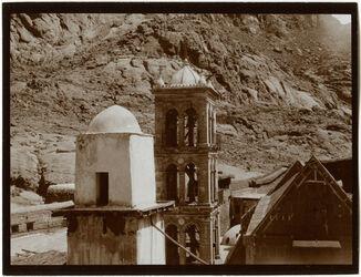 Fotografie Sinaiklosterkirche [Gebel musa, Katharinenkloster] u. minaret v O.