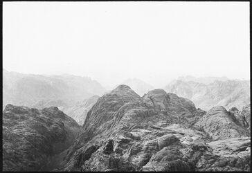 GDIs00986; Fotografie; Vom gebel [djebel, dschebel] musa n NW (ras essafsaf), aus Nachlass von rund 880 Fotografien von Valentin Schwöbel