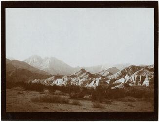 Fotografie Seeterrasse im w. [wadi] firan im Hintergrund serbal [Gebel serbal]