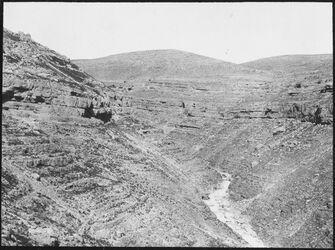 GDIs00463; Fotografie; w. [wadi] chritun [Wadi charetun], aus Nachlass von rund 880 Fotografien von Valentin Schwöbel