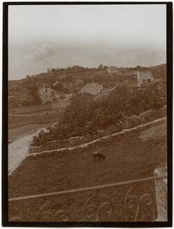 Fotografie v. Hotel Nazareth n. Zypressenberg u. engl. Kirche