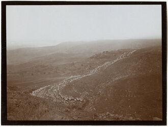 Fotografie Bei en er-rihan Bergafall n. w. hosaba [wadi hoschaba?]