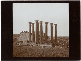 Fotografie Geras [Gerasch, Gerasa], Artemistempel v SO