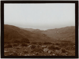 Fotografie w. [wadi] ez-zerka v. O Blick z. T. Meer [wadi zerka]