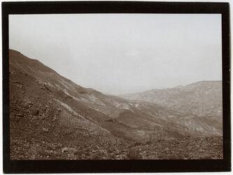 Fotografie im mogib n. W beim Aufstieg n. S [wadi modschib, modjib, wadi mujib]