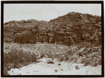 Fotografie Ostwand v. w. [wadi] musa [Petra]