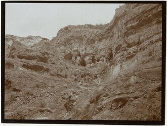 Fotografie w. Kelt bei Kloster Höhlenbildung [wadi kelt]