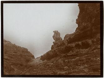 Fotografie Felsensäule am w. en- nar [wadi en-nar]