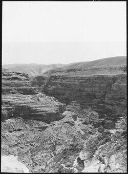 GDIs00760; Fotografie; Talbiegung unterhalb marsaba [mar saba], aus Nachlass von rund 880 Fotografien von Valentin Schwöbel