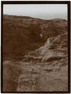 Fotografie Höhle südl. v. marsaba Westwand v. w. ennar [wadi en-nar, mar saba]