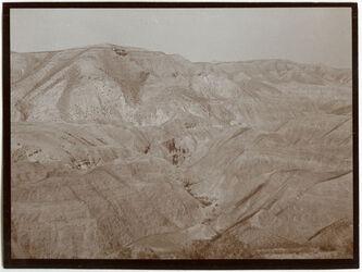 Fotografie Blick ins w. mukellik [Wadi Mukellik] sech [schech] hasan gegenüber