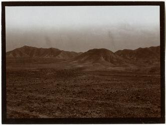 Fotografie Blick auf el-hirme (?) v. [n.?] w. en-nar [wadi en-nar]