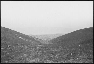 GDIs00852; Fotografie; Totes Meer vom ras abu Kafata [?], aus Nachlass von rund 880 Fotografien von Valentin Schwöbel