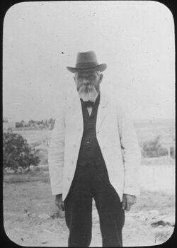 Glasplattendia Josef Larsson, Mitglied der American Colony, Jerusalem]