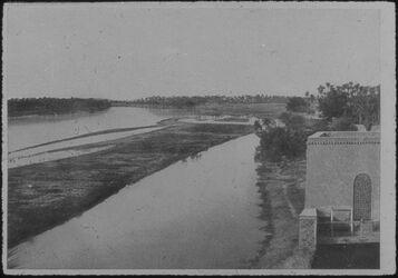 Glasplattendia Der Euphrat im Jahr 1907
