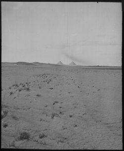 Glasplattendia Wüste u. Pyramiden . Ghize [Gizeh]