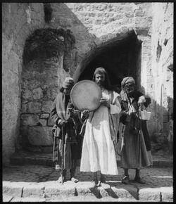 Glasplattendia Derwisch in Jerusalem