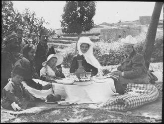 Glasplattendia Nuslar, Chalil, K.O. Frida, Karin 1909 Ramallah