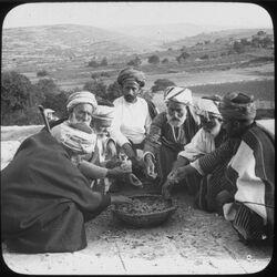 Glasplattendia Natives Eating [Mahlzeit, Palästina]