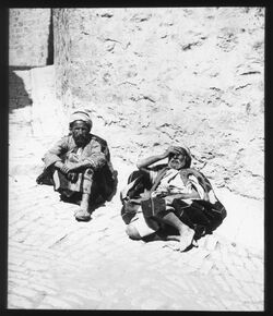 Glasplattendia Bettler innerhalb des N.Tores, Jerus. [Jerusalem]