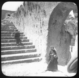 B XII 9; Glasplattendia; Steps leading leading to the Tombs of the Kings [Jerusalem]