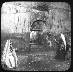 Glasplattendia Interior of the tombs of the Kings, Eingang von Innen [Jerusalem]