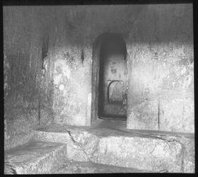 Glasplattendia Centralkammer im Grab der Helena [Jerusalem]