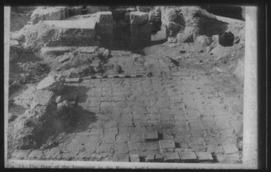 Glasplattendia ramat rahel, Boden der Hypokausten i. röm. Badehaus
