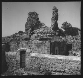 Glasplattendia Ruine der Abtei von Bethanien