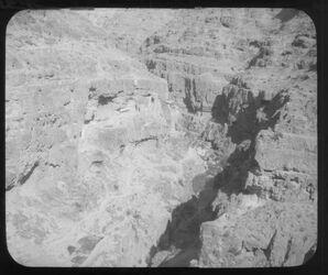 Glasplattendia W. [wadi] Kelt unterhalb d. Klosters
