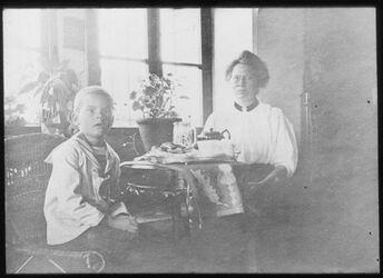 Glasplattendia Hans Ribbing von Tirda Bethlehem [wohl Familie von Dr. Gustaf Ribbing, Schwedische Missionsarzt, Bezüge zur American Colony]