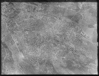Glasplattendia Bet Sahur, oben l. Geburtskirche, r. in d. Mitte Weg z. Hirtenfeld 30/8 18 12. [Bethlehem]
