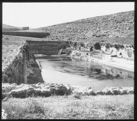 Glasplattendia Salomonsteiche [Bethlehem], Wasserleitung für Jerusalem, Unterer Teich v. O.