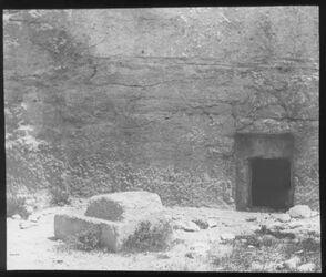 Glasplattendia Grab mit Plattenverschluß, Hebron