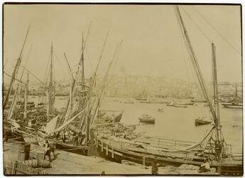 Fotografie Constantinopel, Galata vom Stambul aus [Istanbul]