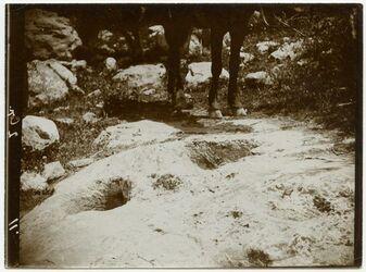 Fotografie Weinkelter im Felsen bei Hirbet Mahne [?]