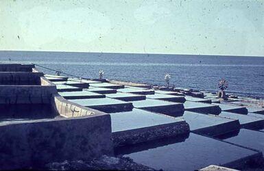 Dia N. ö. Triplolis [Blick zum] Salzgewinnung