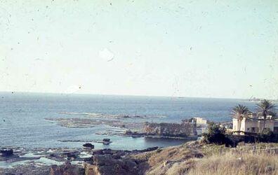 Dia Byblos alte Wälle [Blick zum] Hafen