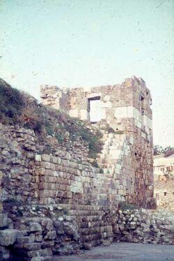 Dia Byblos Hafen [Blick zur] Kreuzf.-Wall
