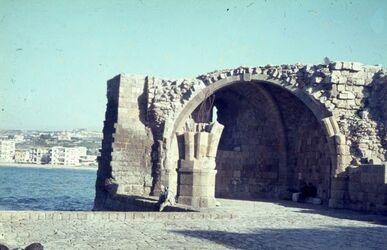 Dia Sidon, Schloß am Meer (Hof)
