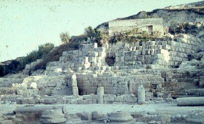 Dia Eschmun-Tempel [bei Sidon] nach 1000 vor Chr. Jetzt hellenistisch