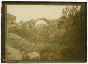 Fotografie Antike Brücke gerasch [Gerasa]