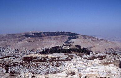 Dia Blick vom Garizim hinüber auf den Ebal [Israel-Exkursion]